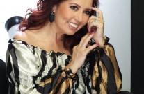 Carla Estrada 01