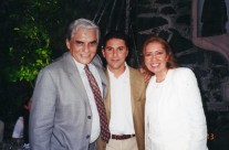 Manuel Ojeda, José Bastón y Carla Estrada