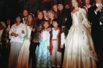 Carla junto al elenco de Pasión