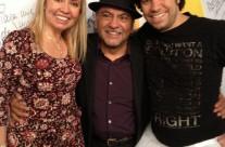 Con el escritor Miguel Ruiz y Claudio Herrera